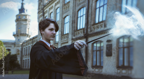 Fotografia Girl wizard outdoor. Cosplay