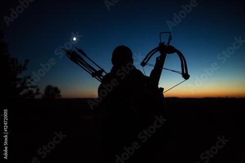 Carta da parati Hunter at sunset