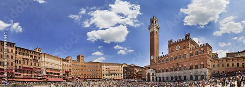 Fotografie, Obraz Siena Square Day Pan