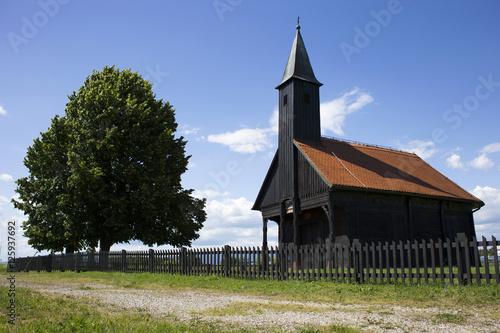 Fotografija Old Turopolje chapel in Velika Gorica, Croatia