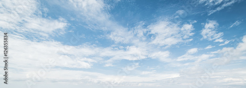 Canvas Print Sky and clouds tropical panorama