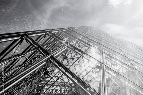 Canvas Print PARIS, FRANCE - 02 SEPTEMBER, 2015: Building of Louvre in Paris, France