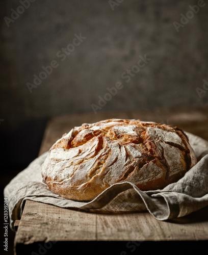 Tableau sur Toile freshly baked bread
