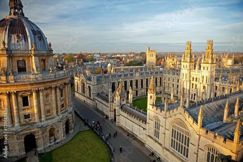 Fotografia Radcliffe Camera and All Souls College, Oxford University, Oxford, UK