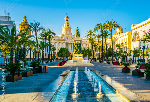 Murais de parede View of a fountain situated on the square of saint john of god in cadiz with tow