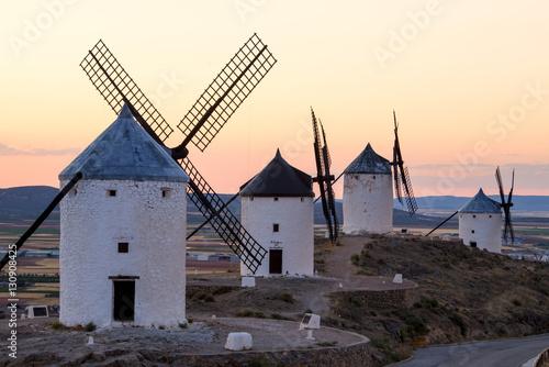 Molinos de viento, Consuegra, España Fototapeta