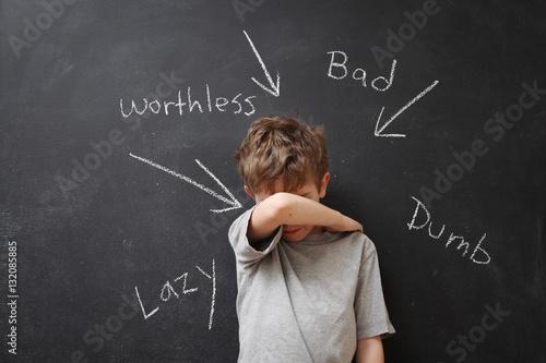 Carta da parati Abusive words hurt