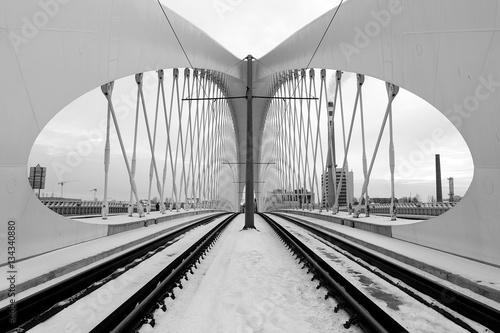 Naklejki na meble do salonu przedstawiająca detale architektoniczne mostu w Pradze