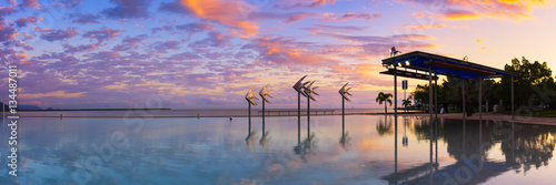 Canvas Print The Cairns Lagoon at sunrise in Tropical North Queensland