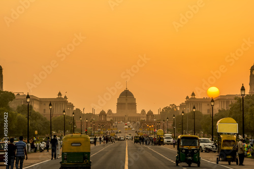 Canvas Print Sunset nearby the Presidential Residence, Rashtrapati Bhavan, New Delhi, India
