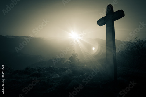 Valokuvatapetti Concept deuil cimetière avec croix