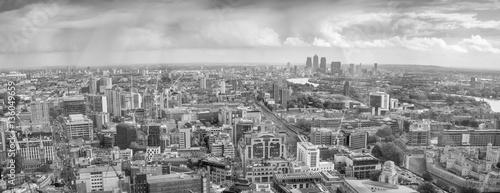Naklejki na meble Londyn, czarno-biały panoramiczny widok z lotu ptaka
