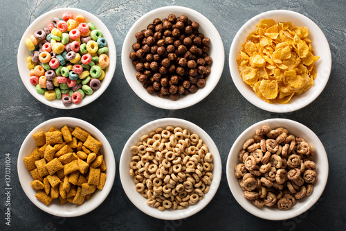 Canvas Print Variety of cold cereals in white bowls