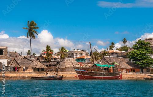 Photo Lamu old town waterfront, Kenya, UNESCO World Heritage site