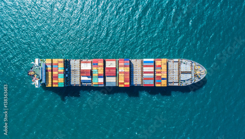 Fotografie, Obraz container ship in import export and business logistic