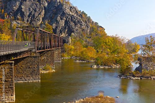Foto Appalachian trail crossing Shenandoah River in Harpers Ferry