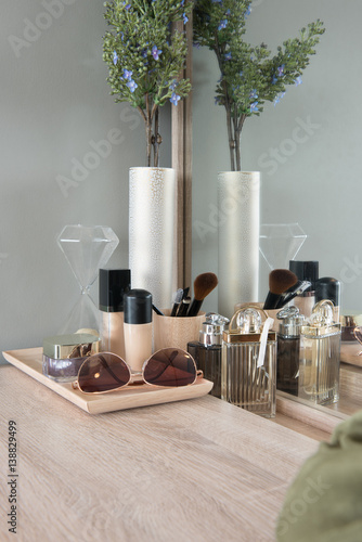 Carta da parati Beauty and make-up concept: table mirror, flowers, perfume, jewelry and makeup b
