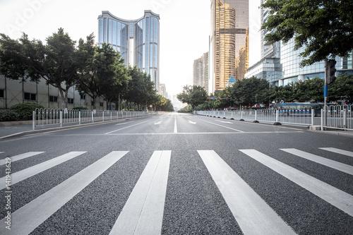 Obraz na płótnie Road with zebra crossing in the city