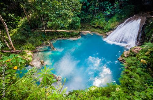 Canvas Print Blue hole waterfall
