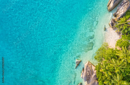 Obraz na plátne Aerial photo of tropical Seychelles beach at La Digue island