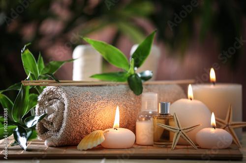 Fotografia Beautiful spa composition on bamboo mat