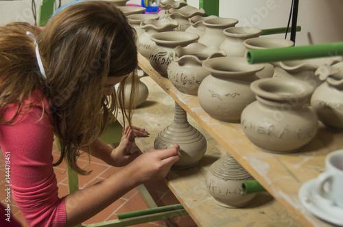 Obraz na płótnie lavorazione ceramica