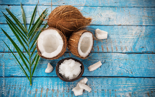 close-up of a coconut oil Fotobehang
