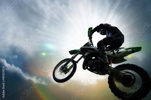motocross moto saut sport mécanique extrême cyclindrée