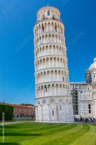 Obraz na płótnie Piazza del Duomo with Leaning Tower in Pisa