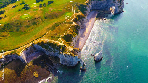 Stampa su Tela Photographie aérienne des falaises d'Etretat, en Normandie
