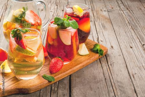 Obraz na płótnie Traditional summer drink sangria - red, pink and white