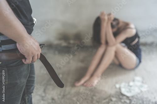 Fotografia Woman victim of domestic violence and abuse image blur , stop violence against W