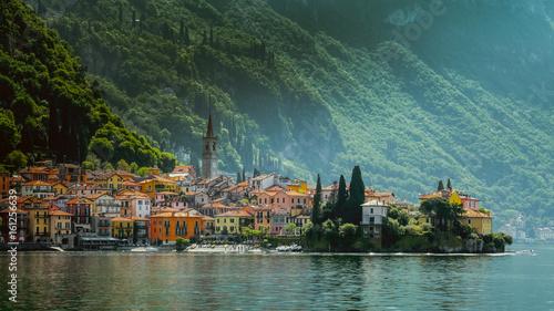 Photo Town of Varenna town at Lake como,Italy