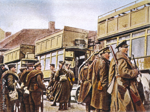 Canvas British in Buses. Date: 1914