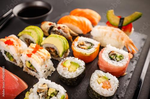 Obraz na plátně Japanese favorite food sushi maki