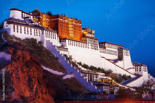 Fotografija Potala Palace in Lhasa, the former residence of the Dalai Lama, Tibet, China, Asia, night horizontal view