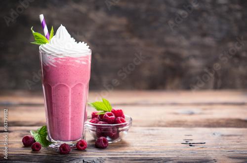Photo Raspberry milkshake