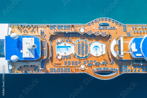 Cruise ship with chaise lounges and a swimming pool, top view Fototapeta