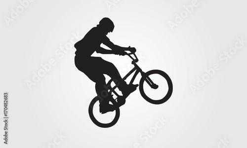 Fotografía Cyclist rider bmx performs trick jump logo silhouette vector