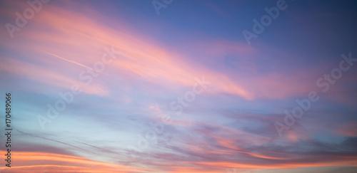 Valokuva Beautiful pastel cloudy sunset