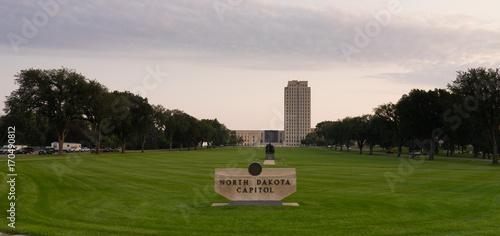 Photographie Wide Panoramic North Dakota Capital Building Bismarck
