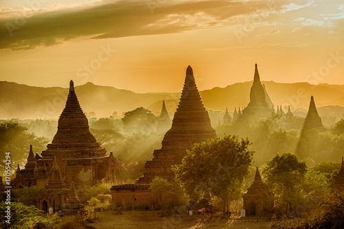Foto Sunset over Bagan
