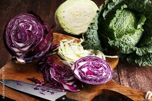 Cuadros en Lienzo Three fresh organic cabbage heads