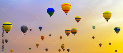 Fényképezés hot-air balloons Sunrise Adventure background travel