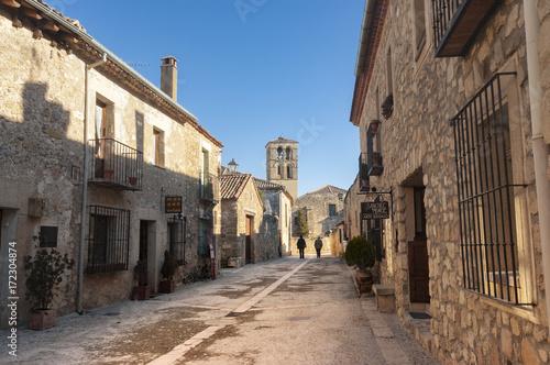 Obraz na płótnie Calle Real w średniowiecznej wiosce Pedraza