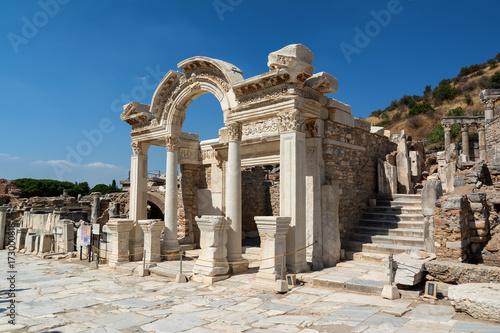 Valokuvatapetti Temple of Hadrian in Ephesus ancient city, Selcuk, Turkey.