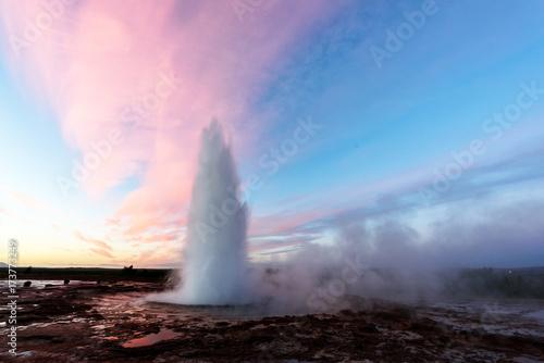 Slika na platnu Erupting of Geysir geyser