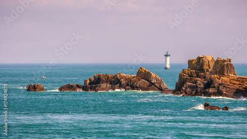 Photographie Pointe du Grouin scenic view, rocky coastline. Brittany, France.
