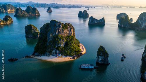 Stampa su Tela Ha Long Bay Sunrise