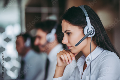 Stampa su Tela Call center workers